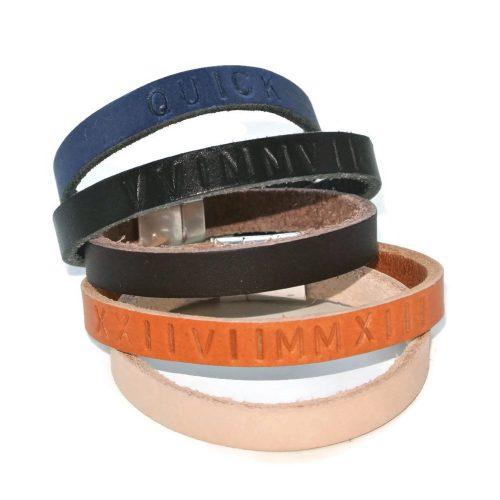 naamarmband, leer, zwart, bruin. blauw